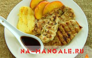 Куриная грудка с персиками в маринаде на сковороде гриль