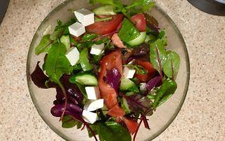 Салат с сыром фета и помидорами – рецепт с фото