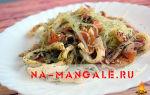 Фунчоза с кальмарами: рецепты блюда с овощами и салата с добавлением креветок и грибов