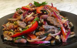 Салат тбилиси с говядиной и фасолью и рецепт с курицей
