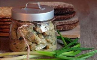Селедка в горчичном соусе в домашних условиях кусочками в банке