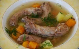 Суп из куриных шеек: варианты приготовления